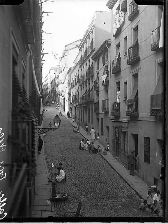 Calle de los Tres Peces EnLavapiés